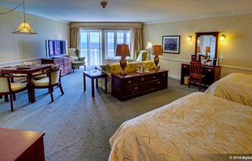 5-suite-juinior-vue-sur-la-mer-avec-deux-lits-queen-3e-etage